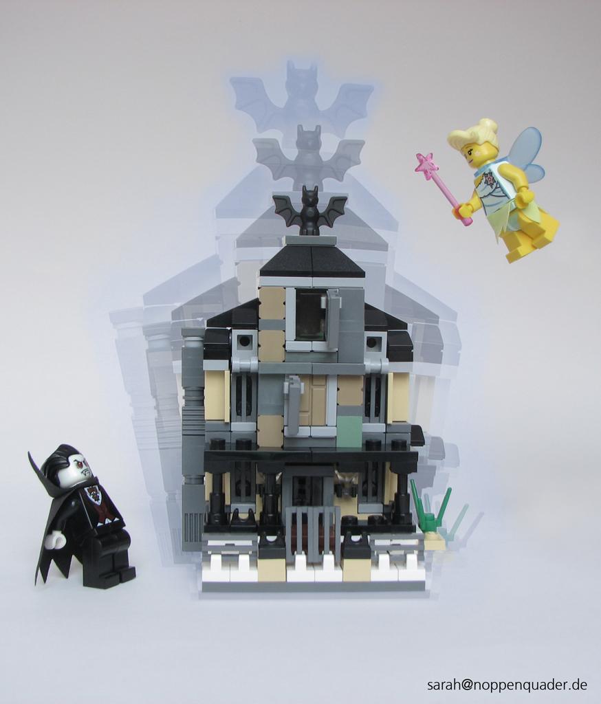 Fee_Dracula_haunted house