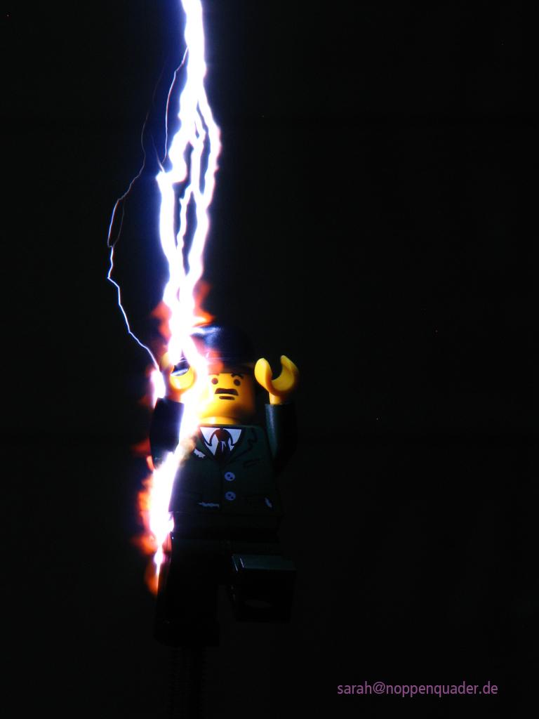 lego minifig noppenquader moc nicola tesla blitz marx-generator
