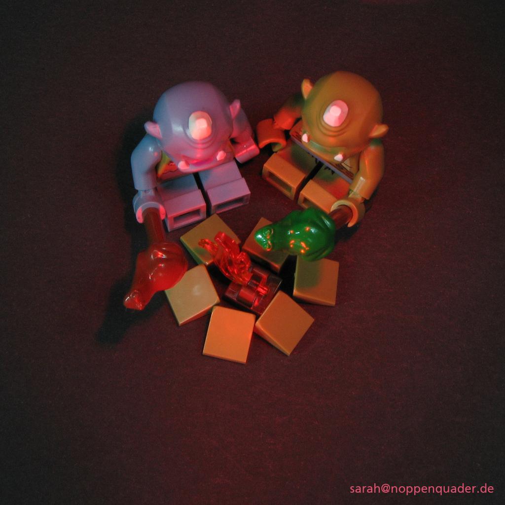 lego minifig noppenquader moc oger campfire marshmallows frog valentine