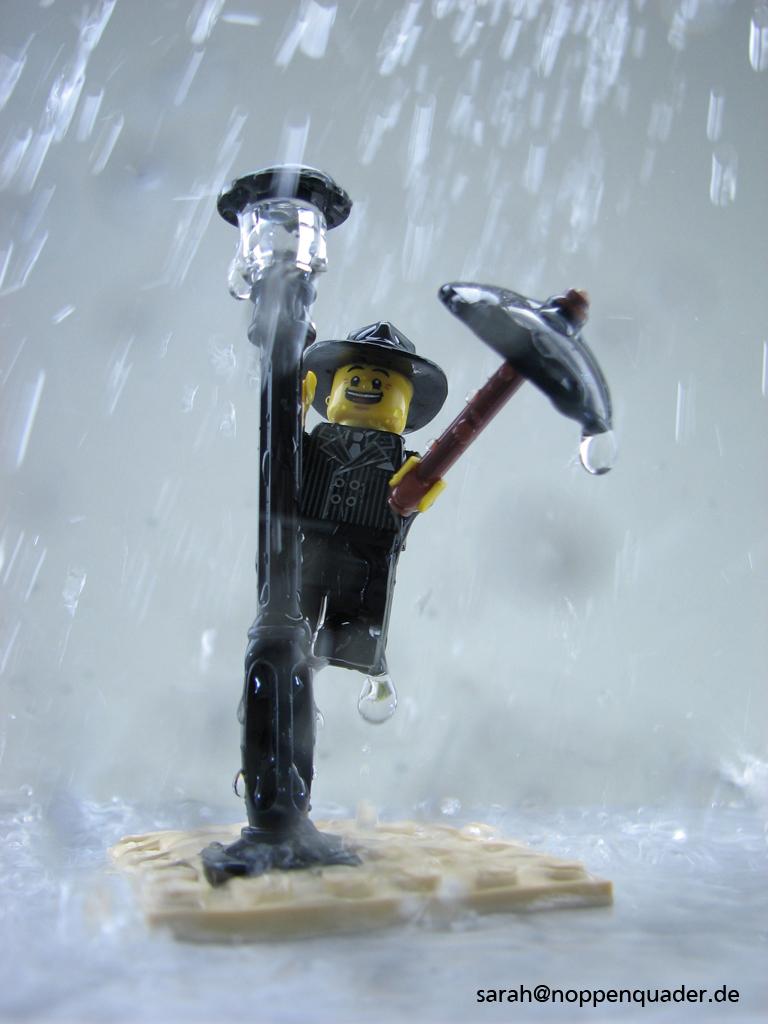 Gene Kelly lego minifig noppenquader moc Regen Regenschirm Laterne