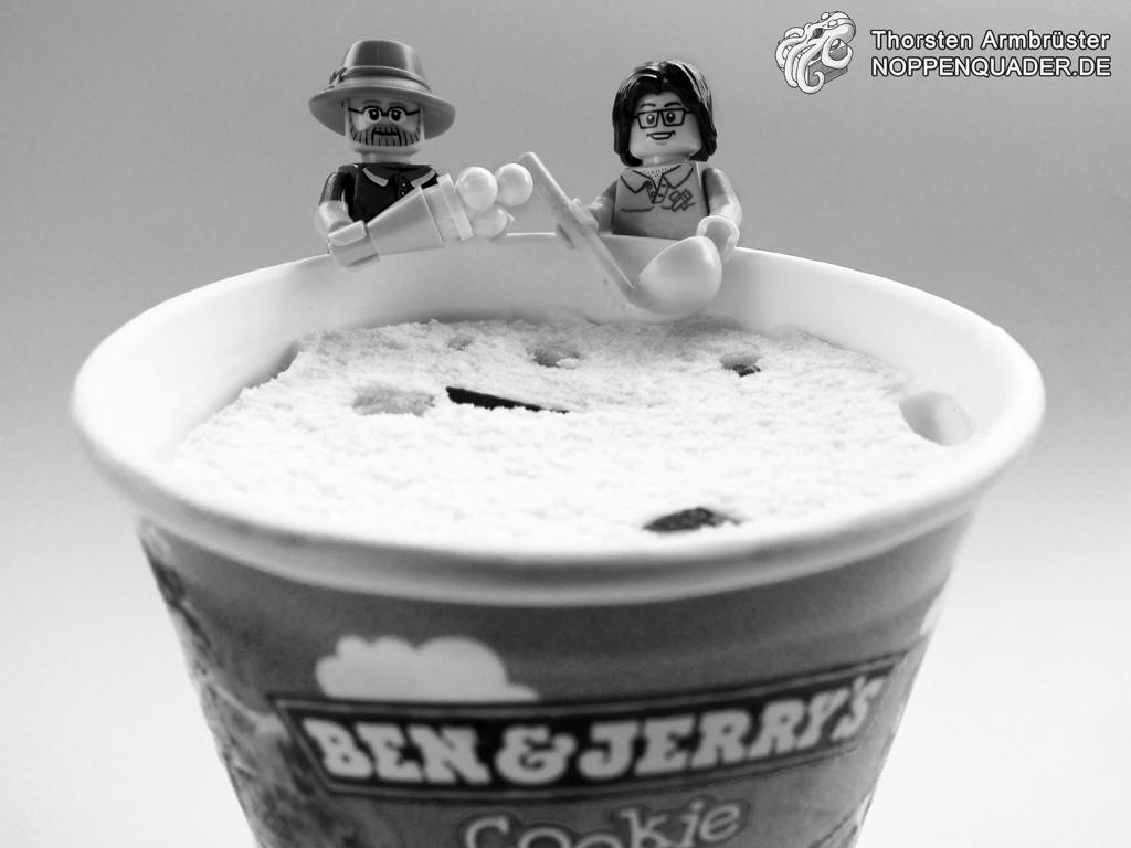 lego noppenquader icecream ice cream ben and jerry jerry's cookie eis eiscreme minifig minifigs moc schwarzweiß sommer eiscafe nachtisch