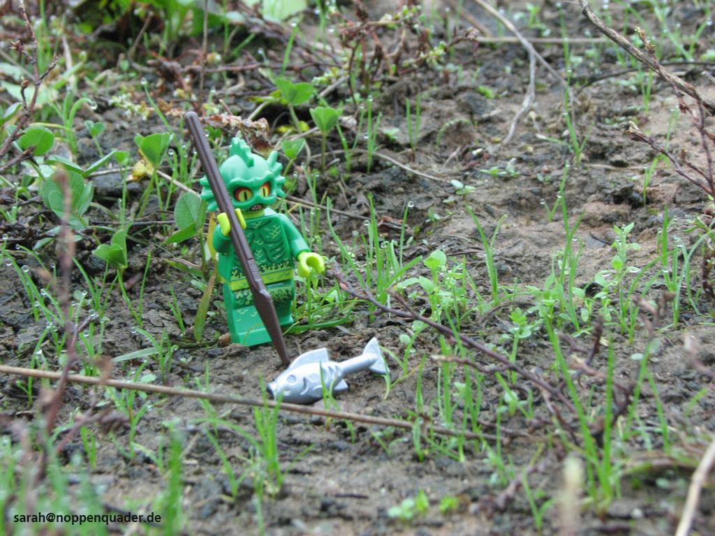lego minifig noppenquader moc Sumpfmonster Fisch Jagd
